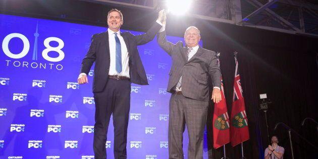 Andrew Scheer et Doug Ford lors du congrès du Parti progressiste-conservateur de