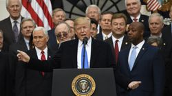 «C'est une sacrée façon de maigrir!» lance Trump à un élu Républicain blessé par