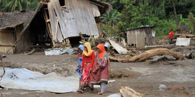 Le Sud des Philippines balayé par une tempête, 200