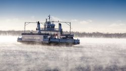 Un traversier coincé quatre heures dans les glaces entre Québec et