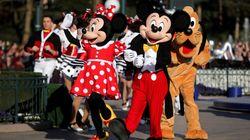 Plusieurs attractions de Disneyland évacuées après une panne de