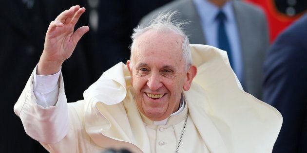 Le pape François arrive au Chili, son 6e voyage en Amérique