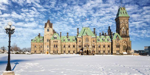 Ottawa verse 20 M$ pour aider les victimes de violence fondée sur le