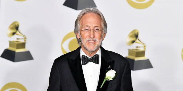 Le président des Grammys, Neil Portnow, explique que les artistes féminines devraient «élever leur jeu...