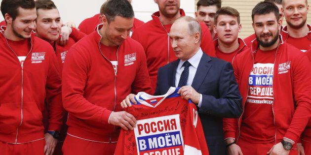 Vladimir Poutine présente ses excuses aux sportifs russes avant les Jeux olympiques