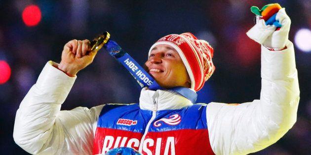 Le fondeur Alexander Legkov retrouve donc sa médaille d'or obtenue à