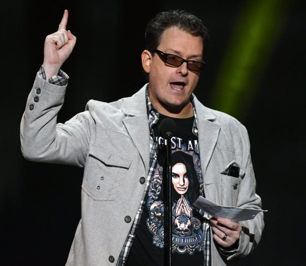 Kevin Moore lors d'un discours au sujet de sa défunte femme, August Ames, lors des AVN Awards