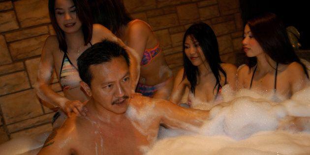Les bordels de Bangkok accusés de siphonner les eaux