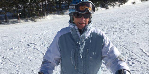 Rhoda Wurtele est âgée de 96 ans et elle skie