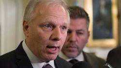 Jean-François Lisée accuse Justin Trudeau de légaliser l'évasion