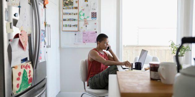 Voici cinq emplois à domicile pour faire plus de 50 000 $ par