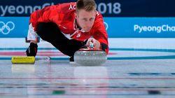 Le Canada bat l'Italie en lever du rideau du tournoi de curling