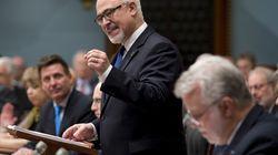 Québec promet des investissements massifs pour le transport aérien