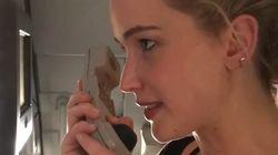 Pour le Super Bowl, Jennifer Lawrence tente de mettre l'ambiance dans l'avion, et c'est