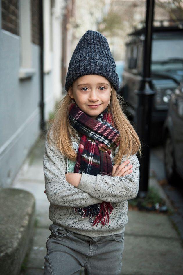 99aa24a72a3b32 Cette petite fille a écrit à Zara pour être la mannequin de sa ...