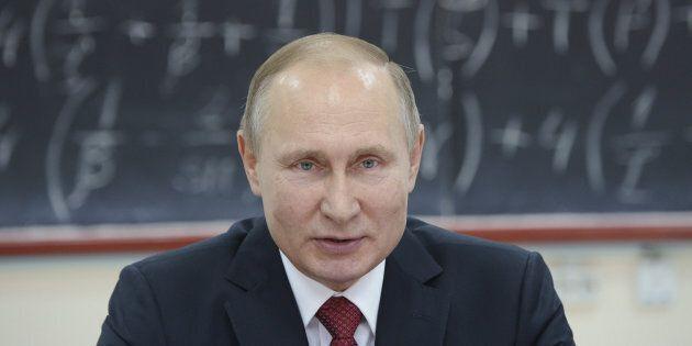 Vladimir Poutine, président de la Russie, avoue ne pas avoir de téléphone