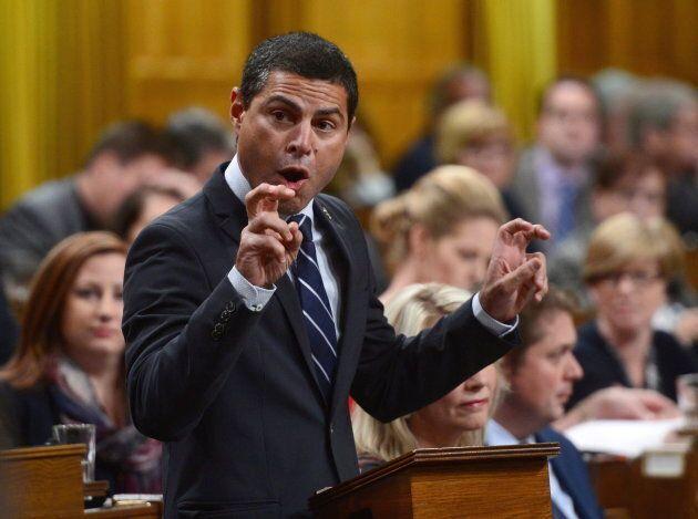 Le député conservateur Alain Rayes est d'avis que c'est aux provinces de faire la gestion de
