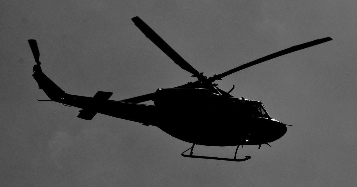 un h u00e9licopt u00e8re militaire canadien responsable d u0026 39 un gros trou dans le toit d u0026 39 une maison de miami