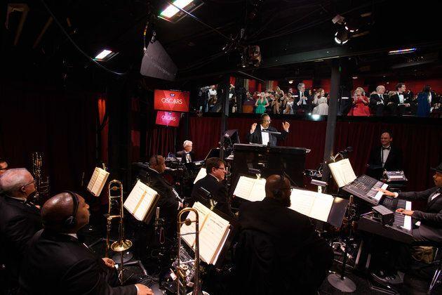 Wheeler choisit les membres de son orchestre pour «leurs compétences et leur versatilité». Ils sont préparés pour 140 morceaux.