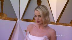 Margot Robbie a réparé elle-même sa robe aux