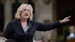 Égalité des sexes: les conservateurs accusent les libéraux d'être