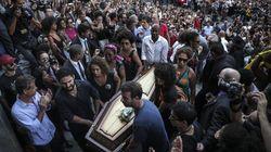 Les Brésiliens font leurs adieux à Marielle Franco, l'élue noire