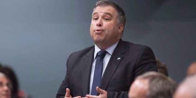 Le ministre de l'Éducation Sébastien