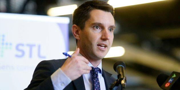 Le ministre des Transports, André Fortin, a vivement critiqué la proposition du PQ.