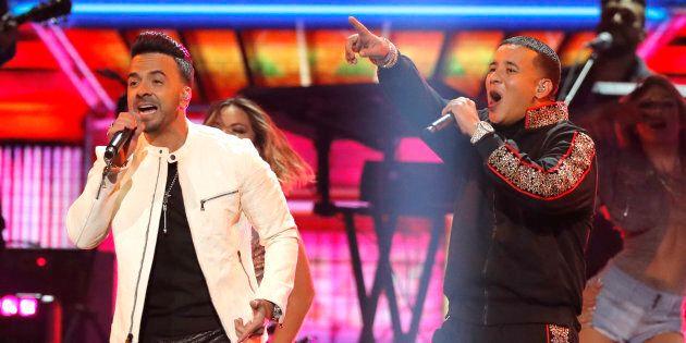 Photo d'archives de Luis Fonsi et Daddy Yankee qui performent «Despacito» aux Grammy