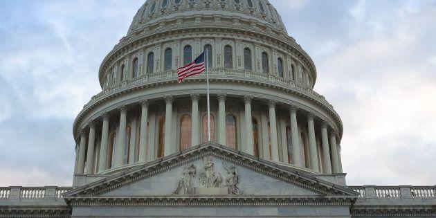 États-Unis: accord au Congrès pour financer l'État