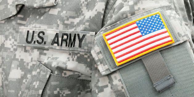 Le Texas va déployer plus de 1 000 soldats à sa frontière avec le