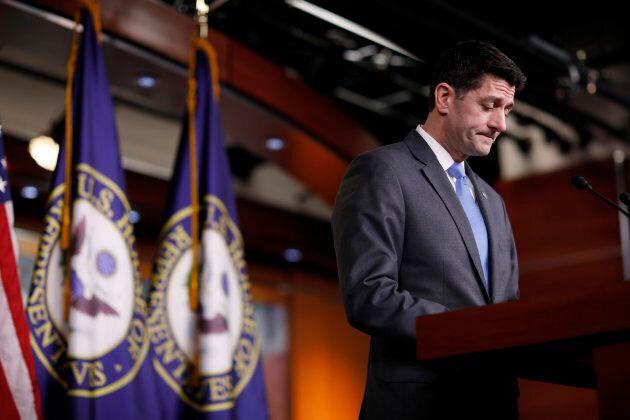 États-Unis: le président de la Chambre des représentants Paul Ryan annonce son