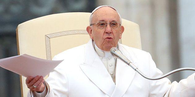 Le pape admet de «graves erreurs» de jugement concernant le scandale au