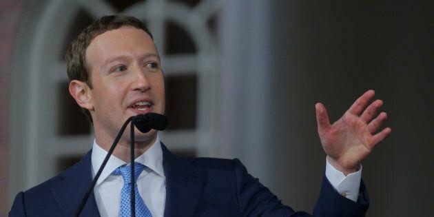 Cambridge Analytica: le PDG de Facebook Mark Zuckerberg accepte de témoigner devant le Congrès
