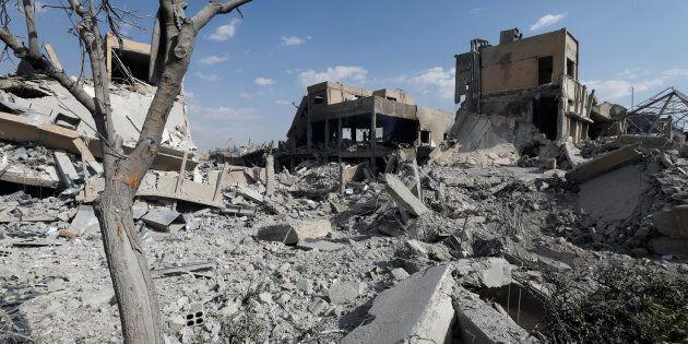 Les ruines d'un centre scientifique de Damas suite aux frappes