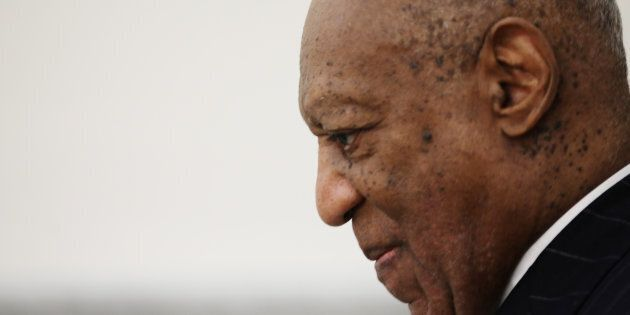 Si Cosby est accusé, il pourra faire face à environ 30 ans de prison.