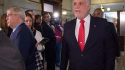 Couillard vante les réformes de Barrette, mais ne lui garantit pas le ministère de la