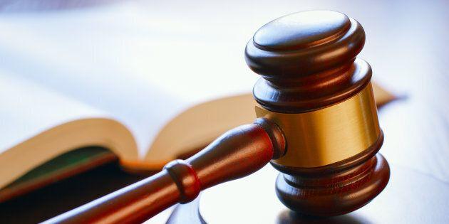 Julius Grey interpelle Ottawa sur un Québécois condamné à la prison à