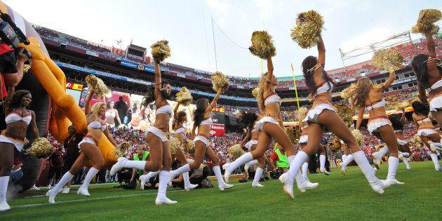 Photo de 2013 des meneuses de claque des Redskins de Washington.
