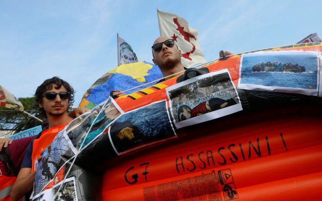 Des manifestants italiens en marge d'une rencontre des ministres de l'Intérieur du G7 en octobre