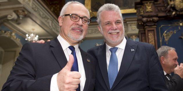 Le ministre des Finances Carlos Leitao et le premier ministre du Québec Philippe Couillard