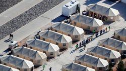 Pleurs et crises: la triste réalité des enfants séparés de leurs parents à la frontière