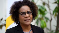 BLOGUE Michaëlle Jean: la course se corse à la