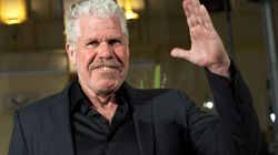 Ron Perlman avait pris soin d'uriner dans sa main avant de serrer celle d'Harvey