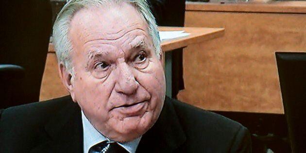 Photo d'archives de Bernard Trépanier lors de son passage à la Commission