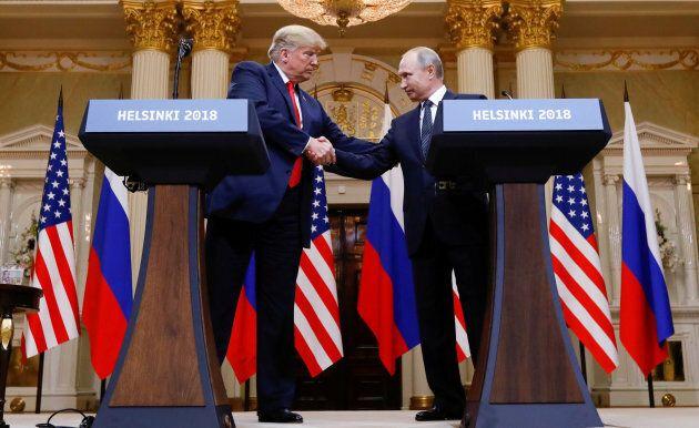 Donald Trump et Vladimir Poutine ont pris part à une longue conférence de presse après leur