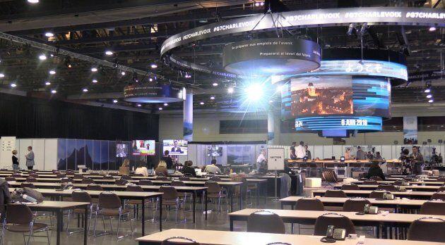 Un aperçu de l'intérieur du Centre des congrès qui accueillera des centaines de journalistes autour du
