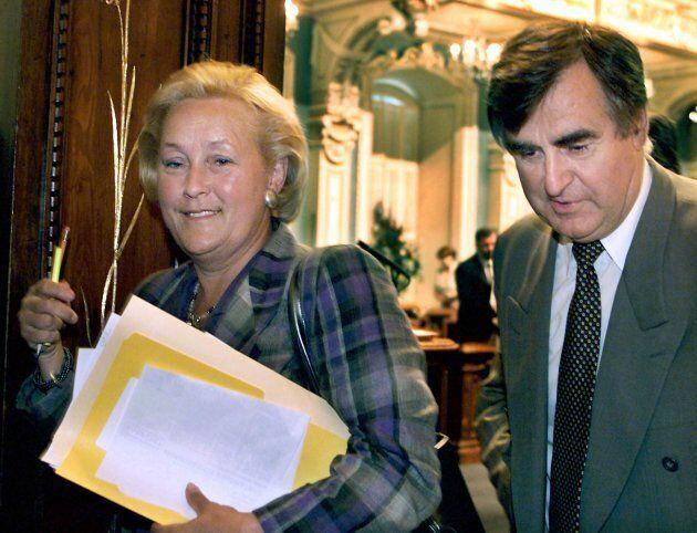 Ministre de la Famille, de l'Enfance et de l'Éducation sous Lucien Bouchard, Pauline Marois a mis en...