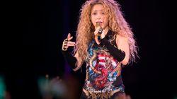 Shakira vendait un collier orné d'un symbole nazi pour faire la promotion de sa tournée «El