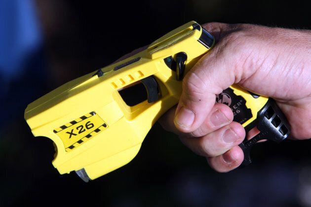 Exemple d'un pistolet à impulsion électrique utilisé par les policiers de Nice en